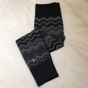 Lululemon ebb to street chevron printed leggings